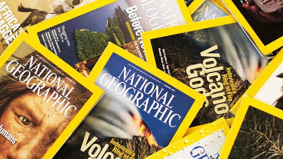 un tas de magazines