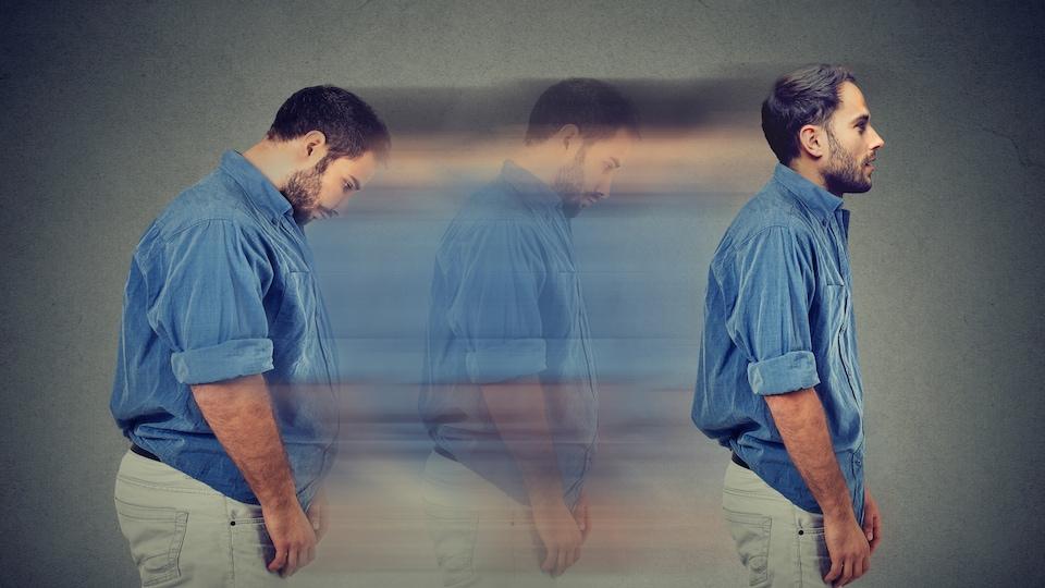 De profil, un homme avec une obésité morbide se retrouve plus mince dans une illusion de mouvement dans le temps.