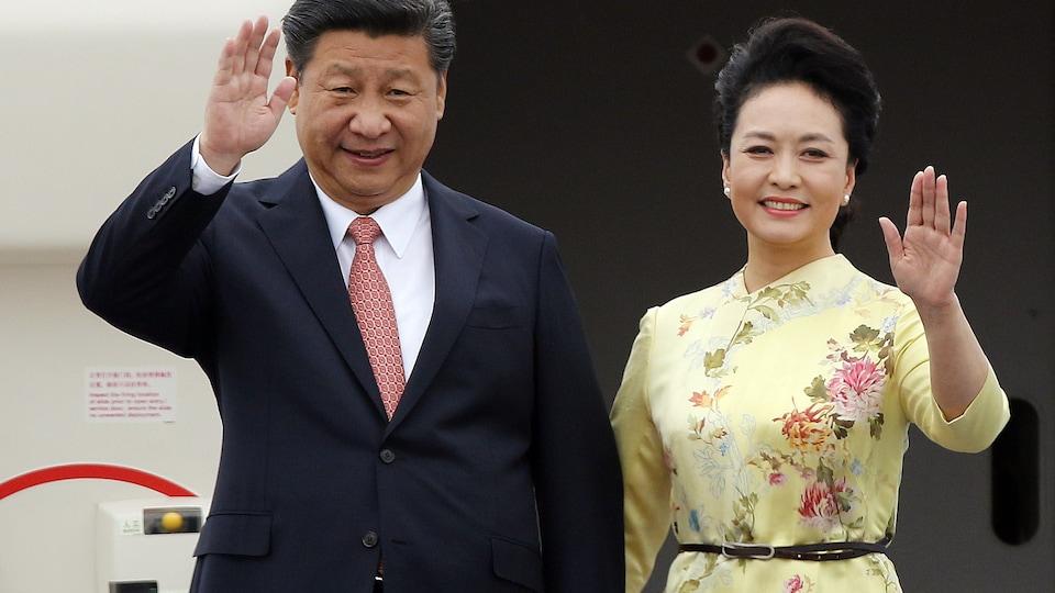 Le président chinois Xi Jinping et sa femme Peng Liyuan