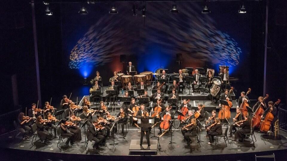 L'Orchestre symphonique de l'Estuaire en concert.