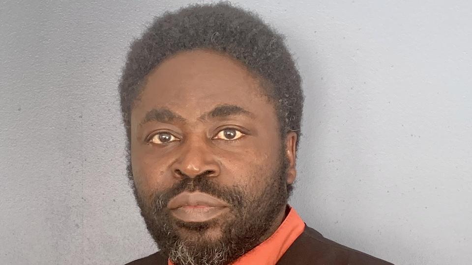 Portrait de Ozouf Senamin Amedegnato.