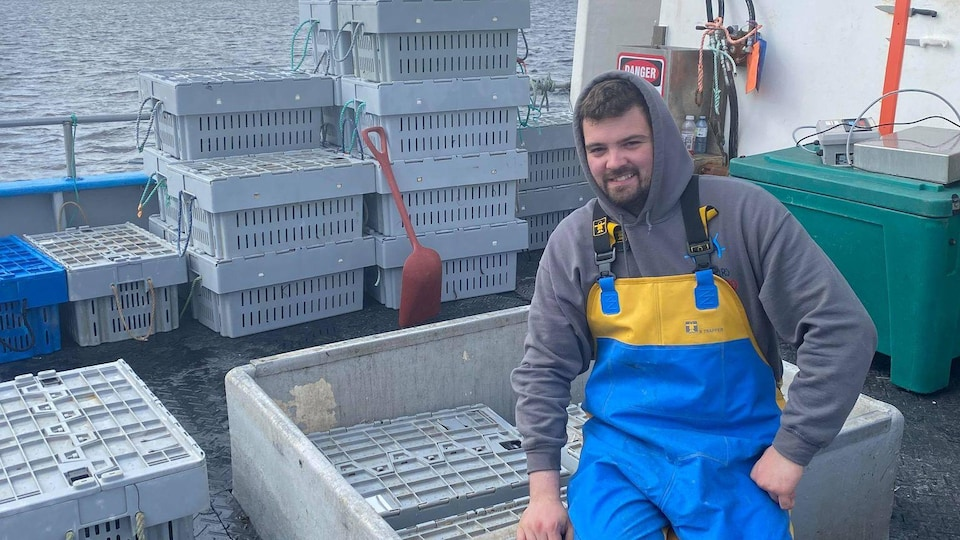 Michael Shepper sur son bateau de pêche.