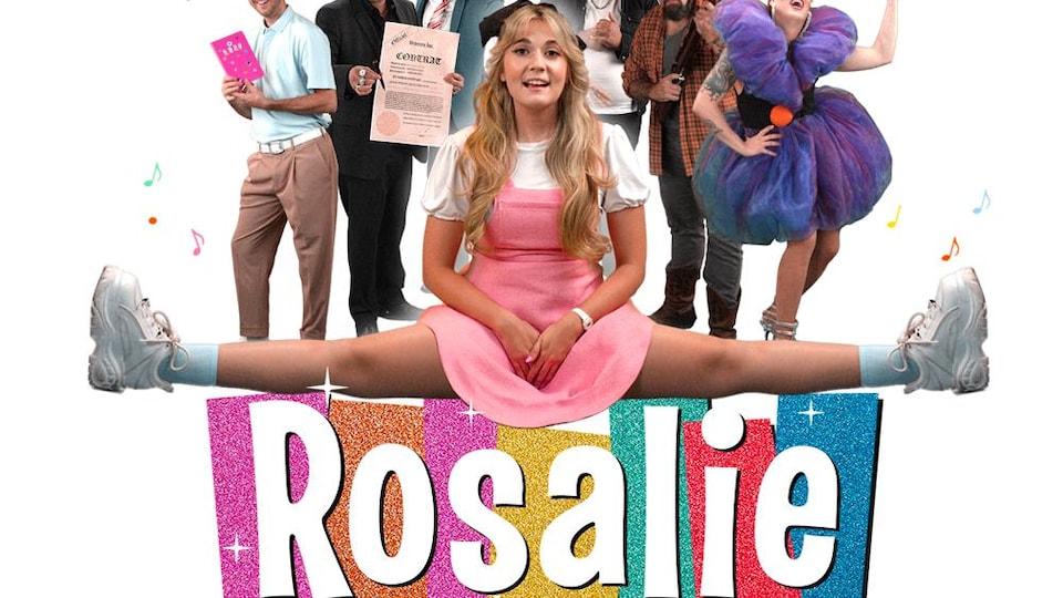 L'affiche avec le titre de la websérie sur laquelle se trouve Rosalie en grand écart avec des personnages secondaires en arrière plan.