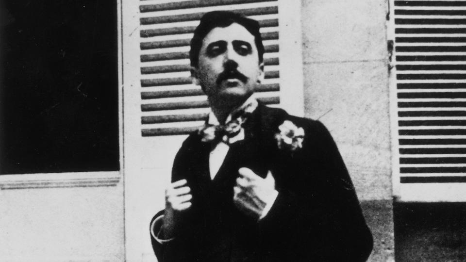 L'écrivain français Marcel Proust en 1910
