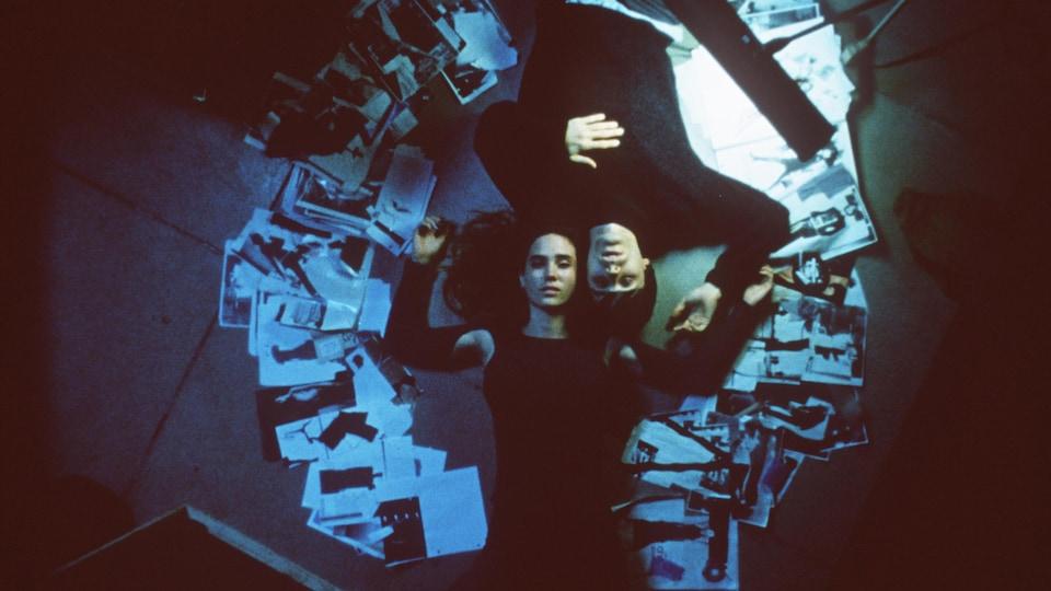 Le roman Requiem for a Dream, d'Hubert Selby Jr., a fait l'objet d'une adaptation cinématographique en 2000, qui mettait en vedette les acteurs Jared Leto et Jennifer Connelly.