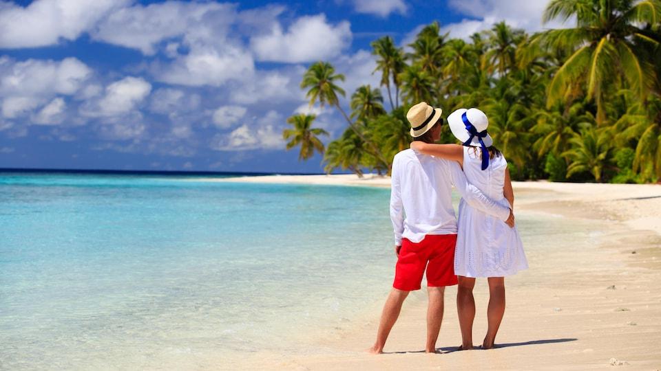 Plusieurs ont envie de s'évader vers une destination soleil malgré les recommandations du gouvernement.