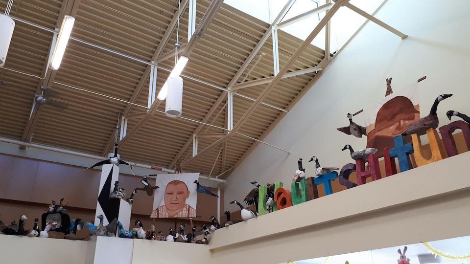 Projet artistique La grande migration réalisé par Anne Deslauriers et des élèves du secondaire