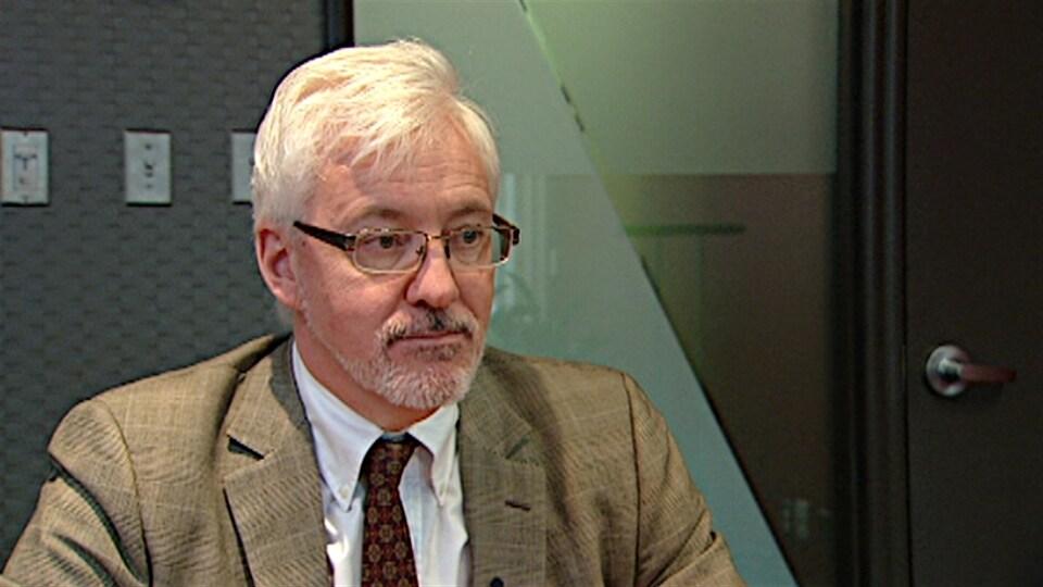 L'avocat Ronald Caza.