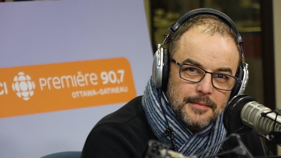 Stefan Psenak livre son billet d'humeur à l'émission Les matins d'ici.