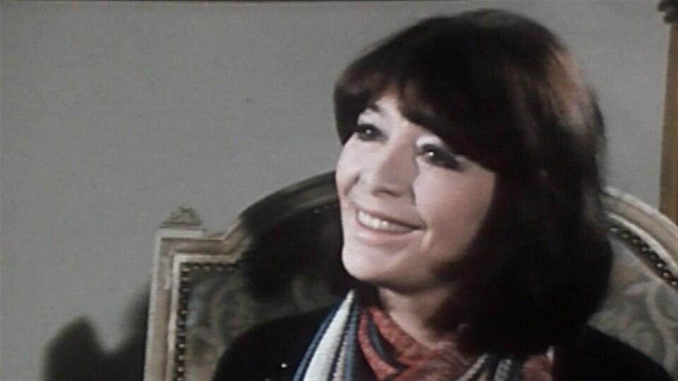 Juliette Gréco, en 1974, dans Appellez-moi Lise.