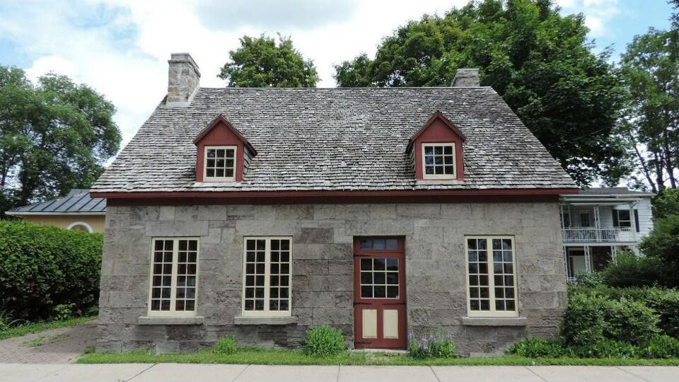 Maison Joseph-Augé, vue de face.
