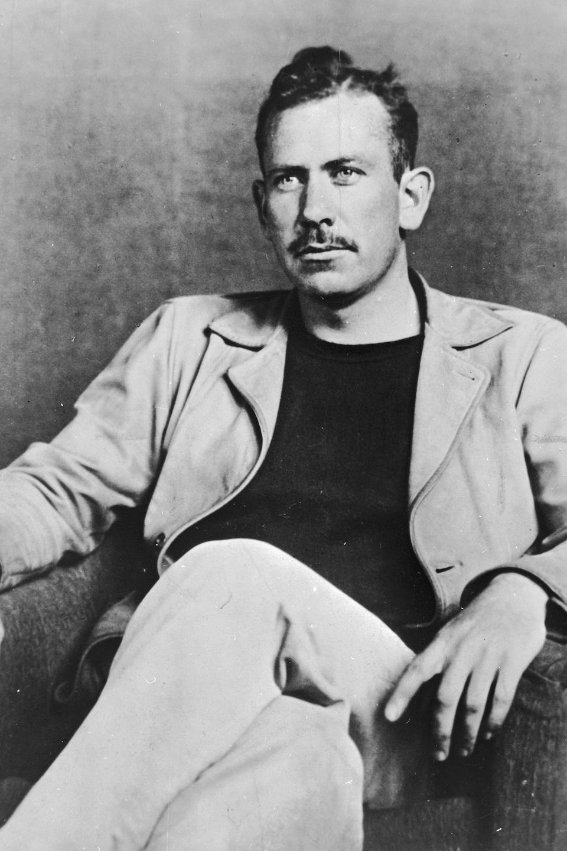 L'écrivain américain John Steinbeck en 1930