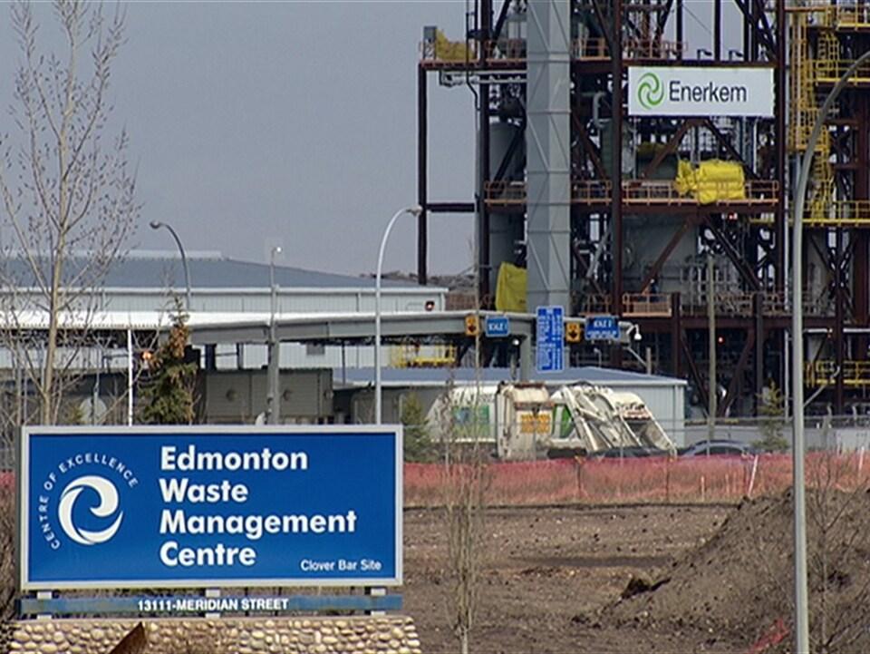 L'usine Enerkem au coeur du centre de tri des déchets Clover Bar, d'Edmonton.