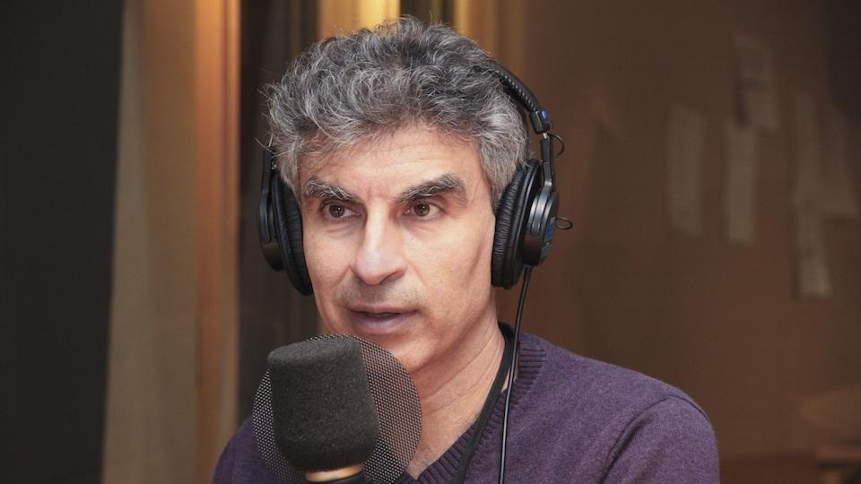Le chercheur à l'Université de Montréal et spécialiste en intelligence artificielle Yoshua Bengio