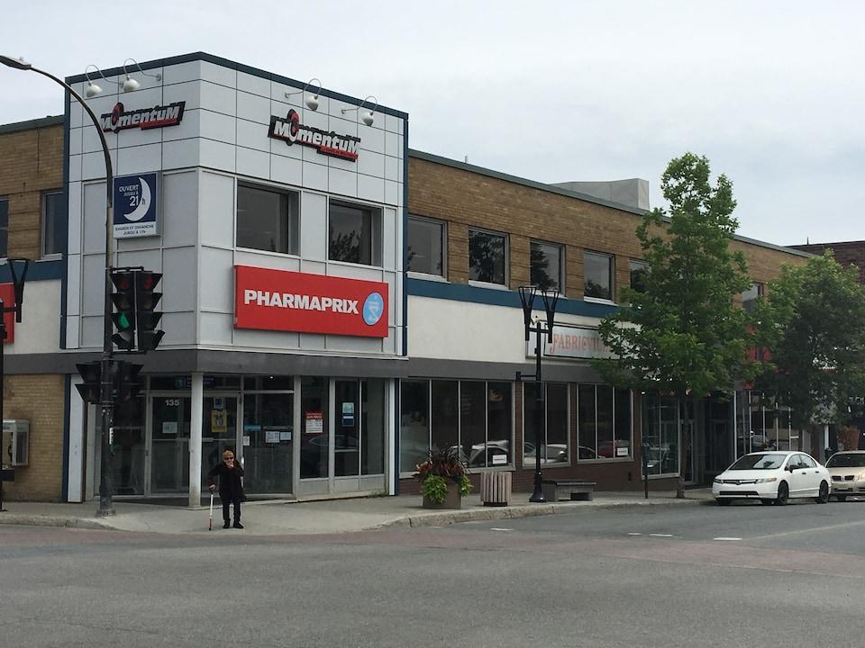 La pharmacie «Pharmaprix» au centre-ville de Rouyn-Noranda.