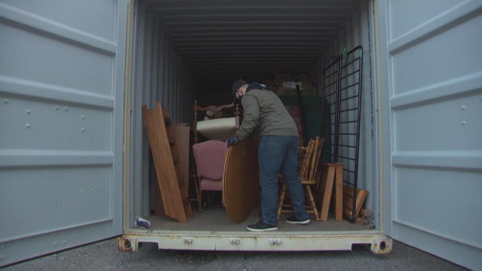 Avant l'hiver, l'organisme Aidons avec des meubles doit trouver un espace pour entreposer et exposer les dons.