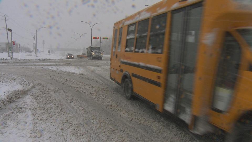 La tempête a occasionné de nombreuses perturbations dans le système scolaire.