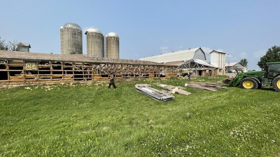 Une grange délabrée