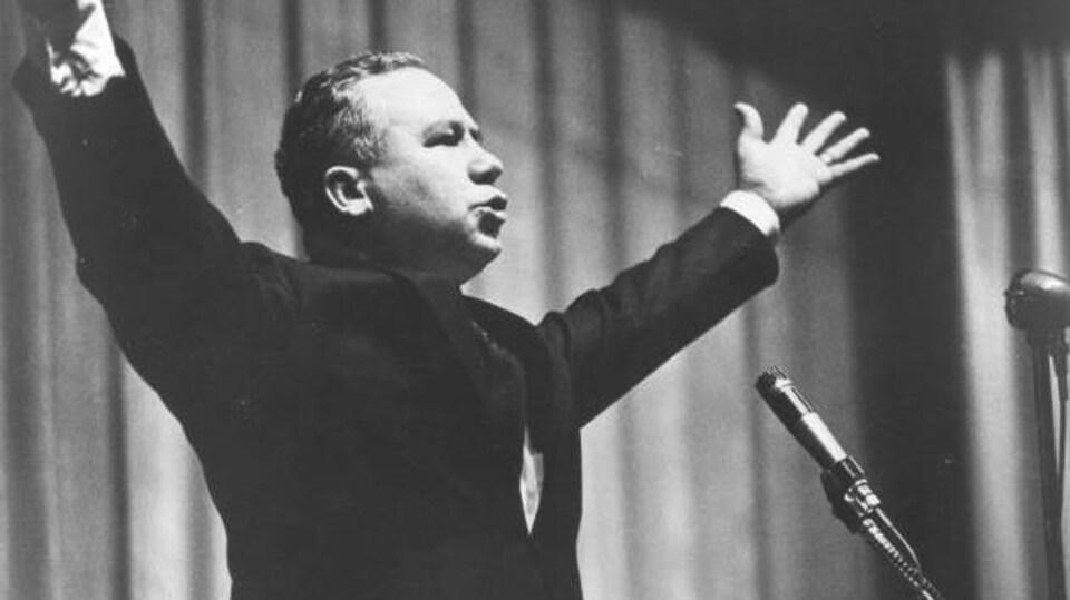 Discours de Louis J. Robichaud, premier ministre du Nouveau-Brunswick de 1960-1970