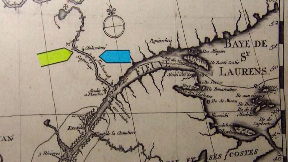 Carte ancienne où on aperçoit le fleuve Saint-Laurent, la rivière Saguenay et le nom de Chicoutimi.