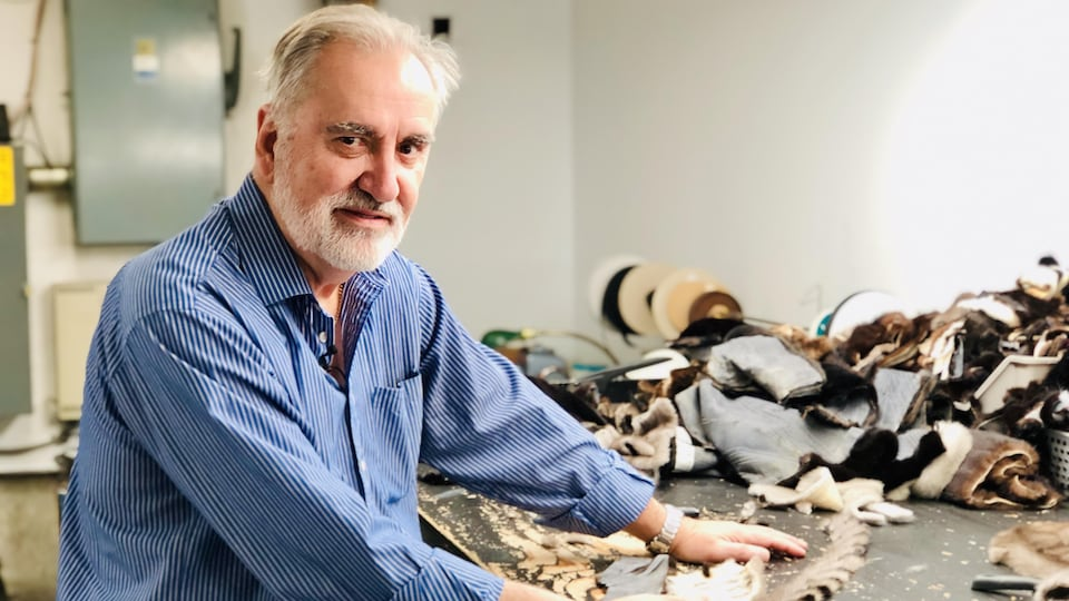 Rémy Tremblay dans son atelier.