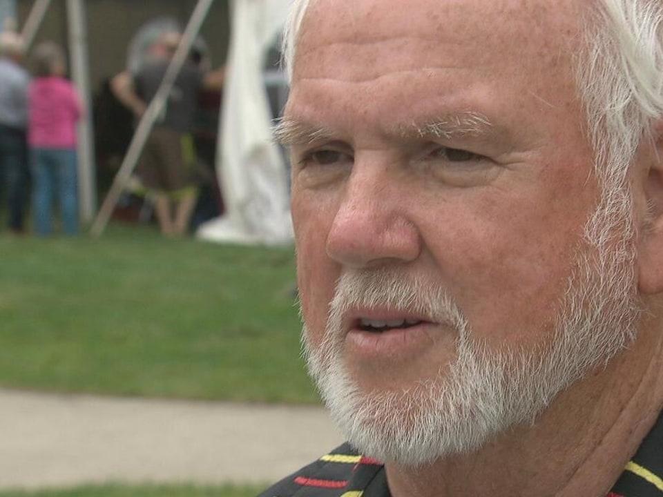 Le chef régional de l'Assemblée des Premières Nations au Nouveau-Brunswick, Roger Augustine, lance un appel au calme après la mort de Rodney Levi.