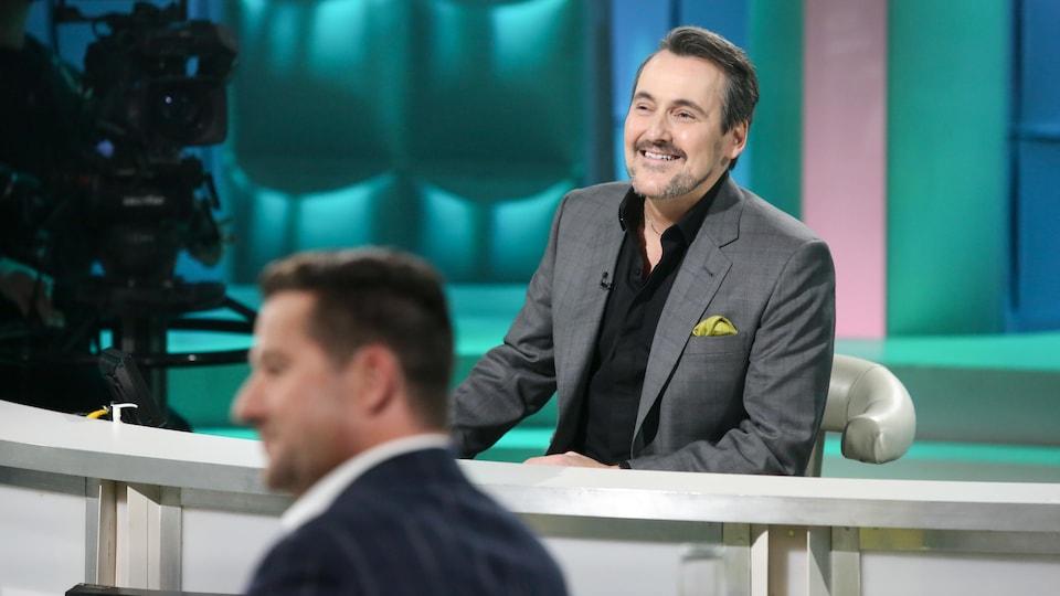 Guy A. Lepage et Dany Turcotte sur le plateau de l'émission.