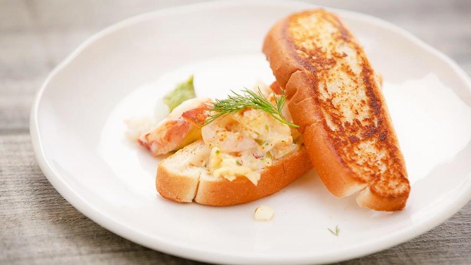 Guedilles au homard.