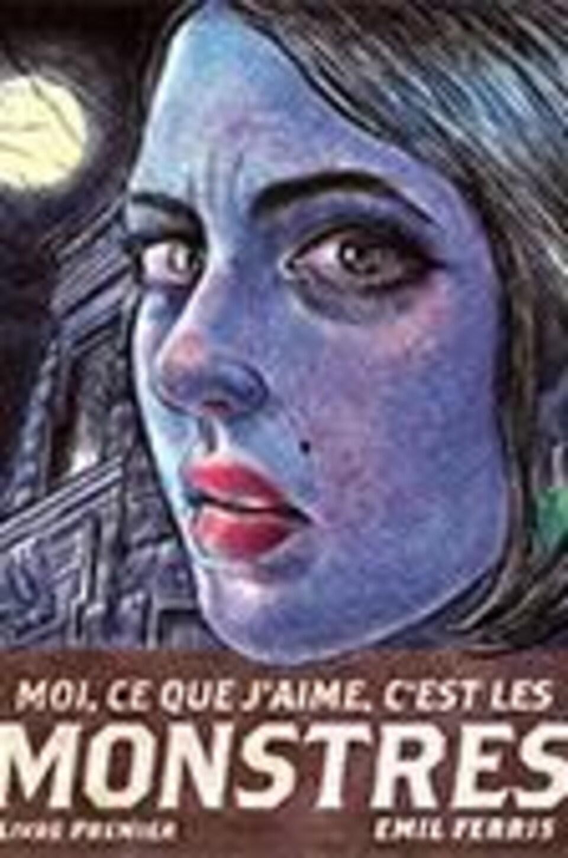 La couverture du livre où l'on voit le visage d'une femme, sa peau de couleur violette et ses lèvres rouges.