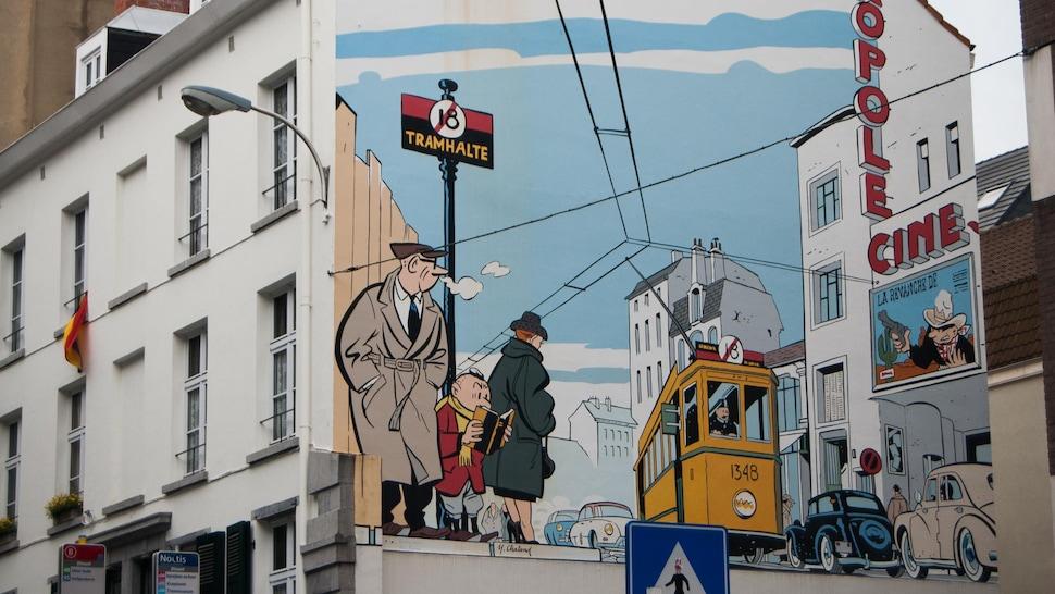 Murale de bande dessinée sur un bâtiment de Bruxelles en Belgique