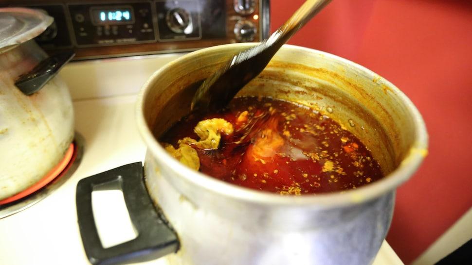 Un couscous en préparation.