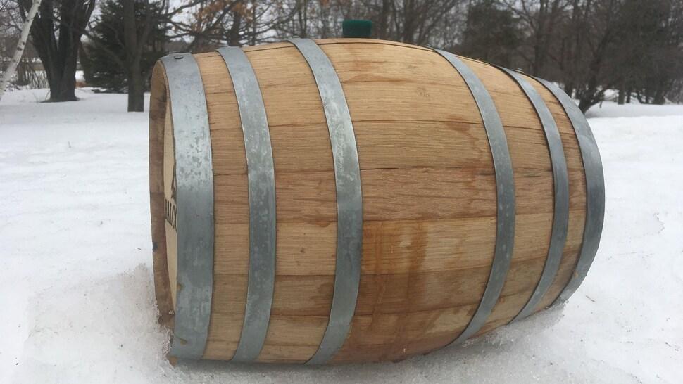 Une barrique de chêne de 10 gallons.