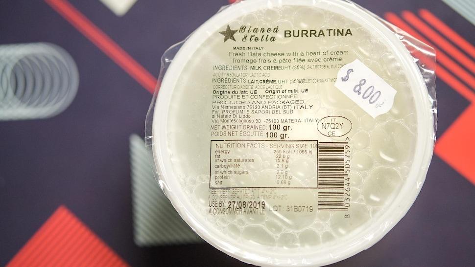 Morena vend la burratina de 100 gr à 8$.