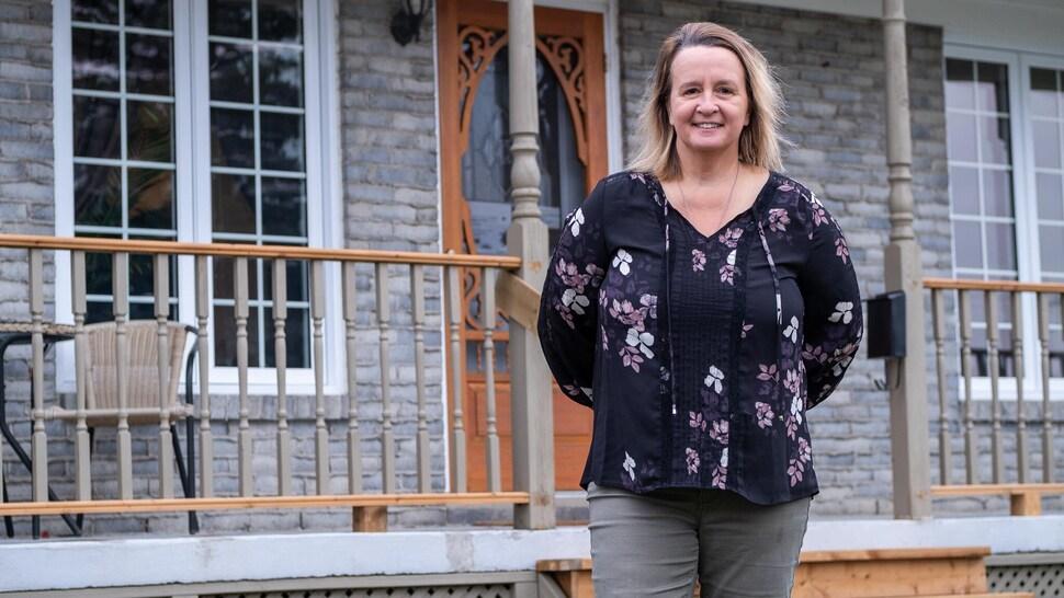 Nancy Lachance a fondé Les Noix de la Chance afin de redonner à ceux qui ont grand besoin de valorisation.