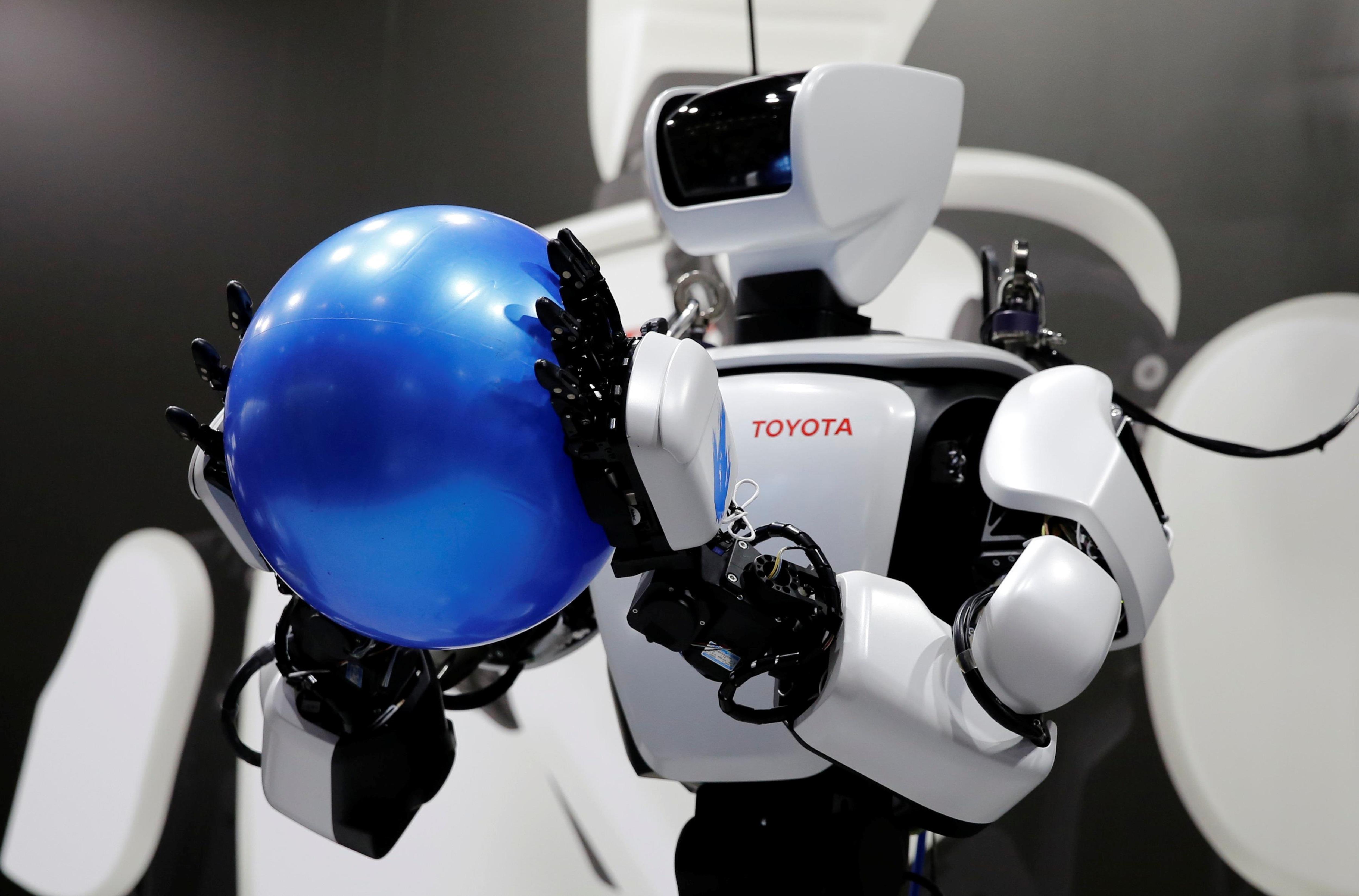 Un prototype d'un robot «intelligent» de l'entreprise japonaise Toyota