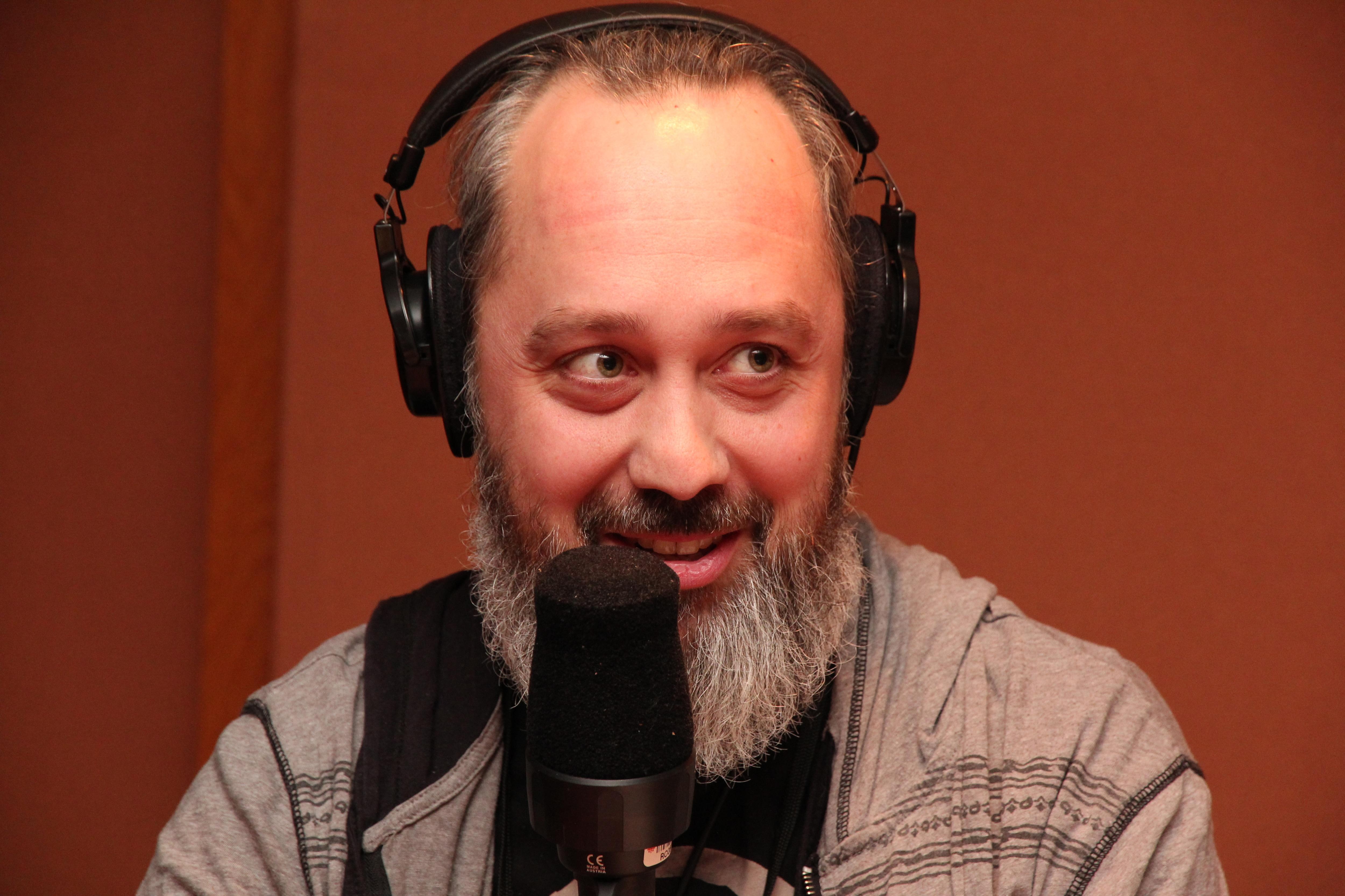 L'auteur et camionneur Jean-François Caron dans nos studios