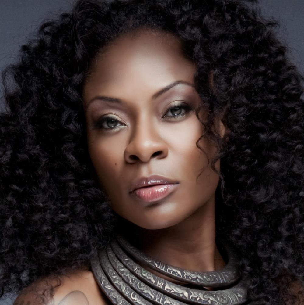 Communication on this topic: Lili Taylor, jully-black/