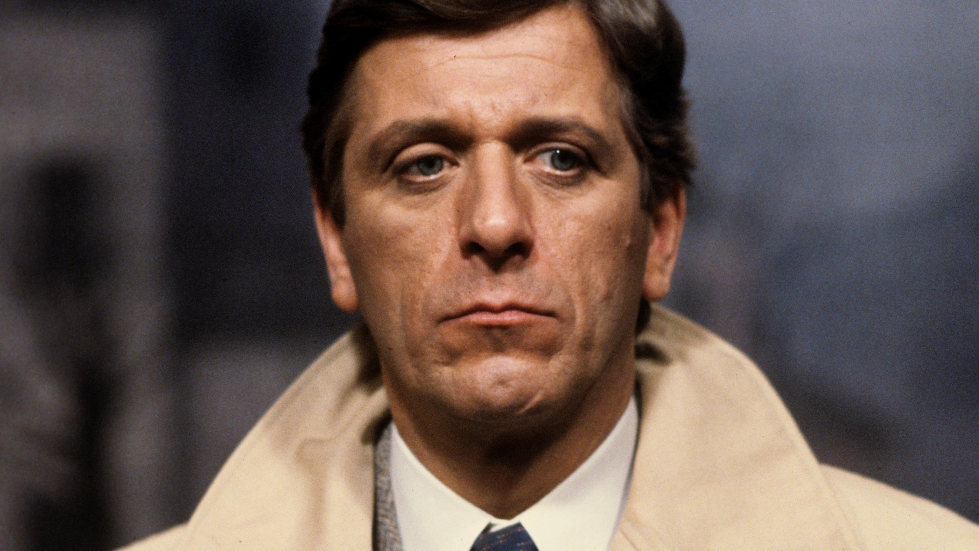 Albert Millaire a incarné Ian dans la pièce Le Malentendu de l'auteur Albert Camus.