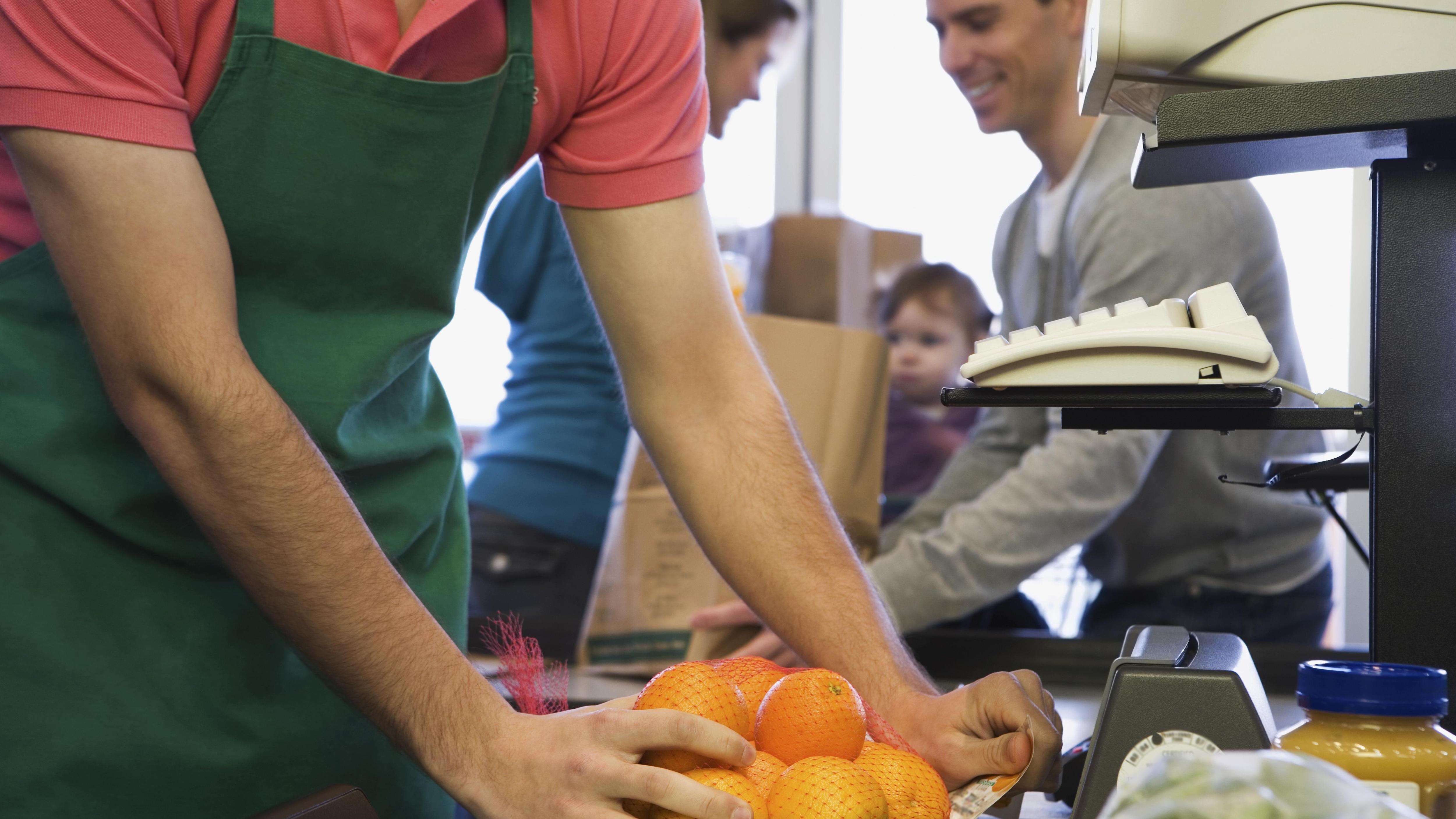 La main-d'oeuvre est rare, et encore plus au salaire minimum