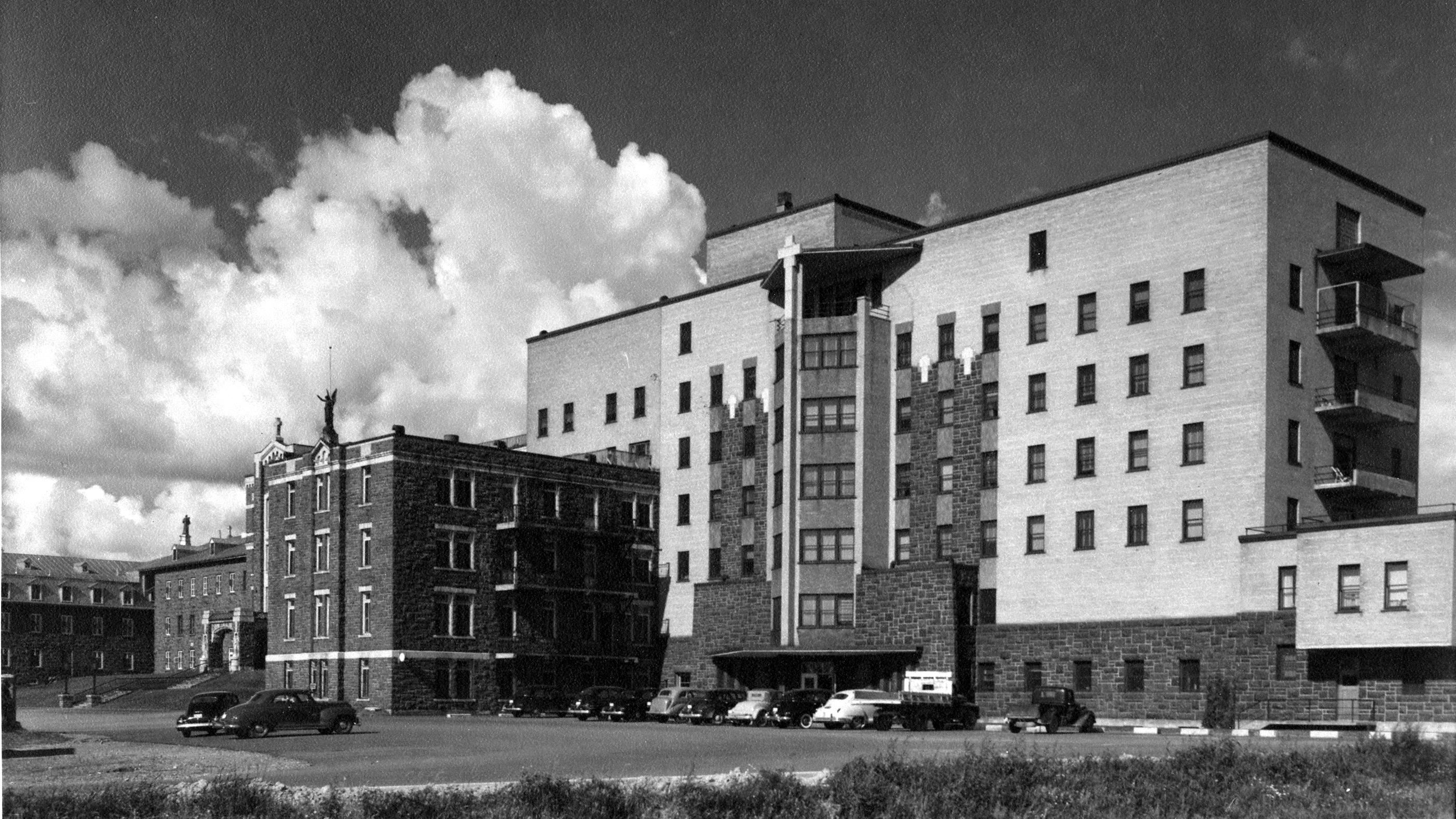 Hôpital de Chicoutimi dans les années 1950 ou 1960