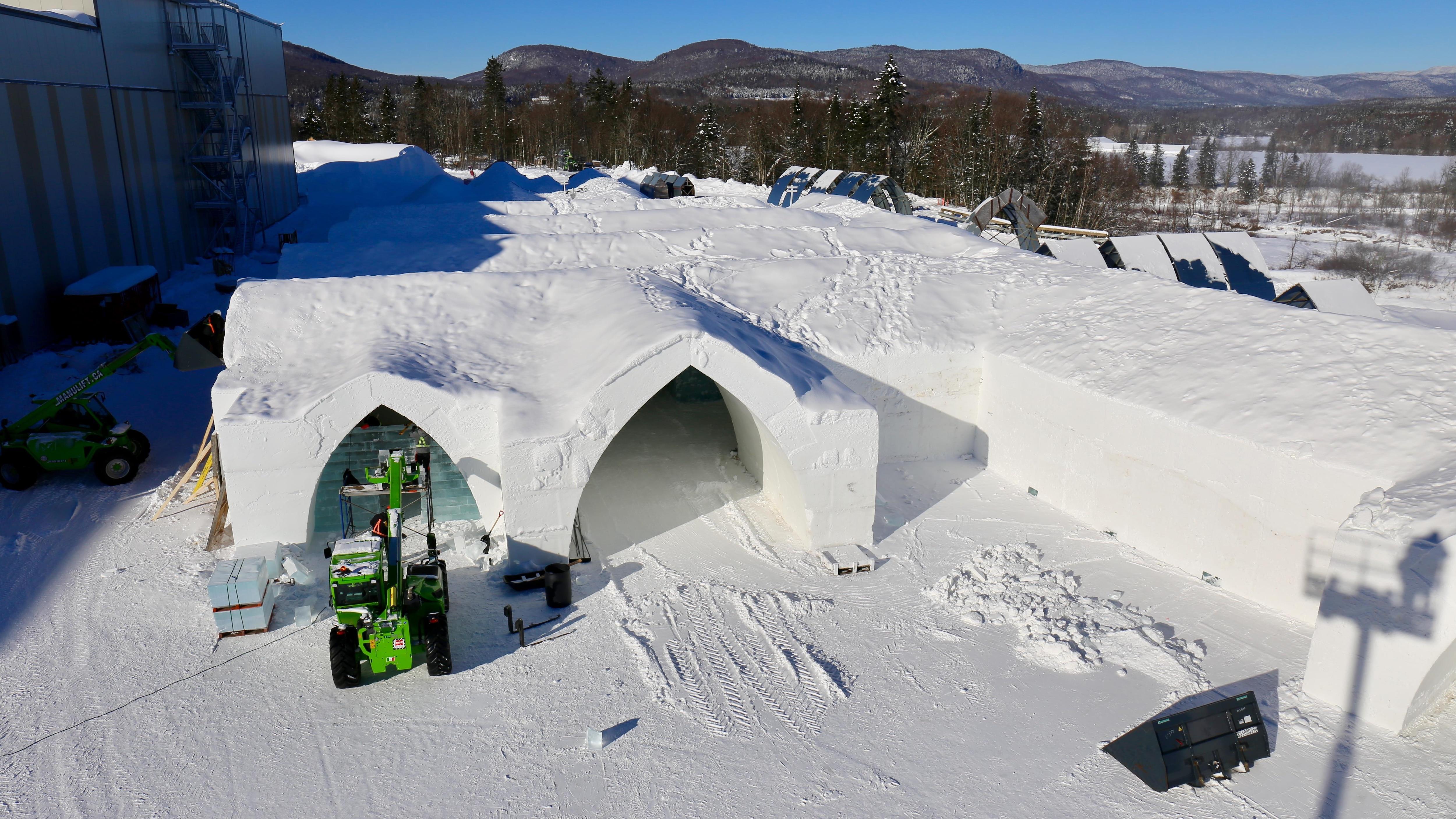 Vue aérienne de l'Hôtel de glace 2019