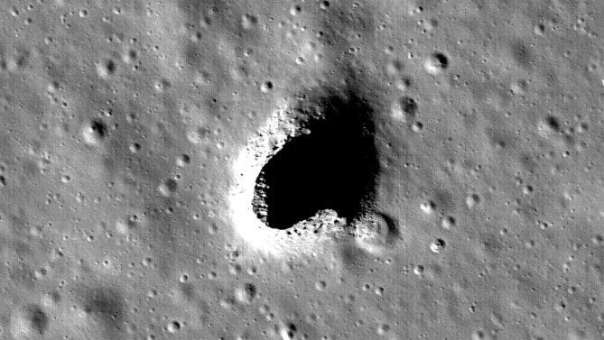 Une grotte qui pourrait abriter une station lunaire