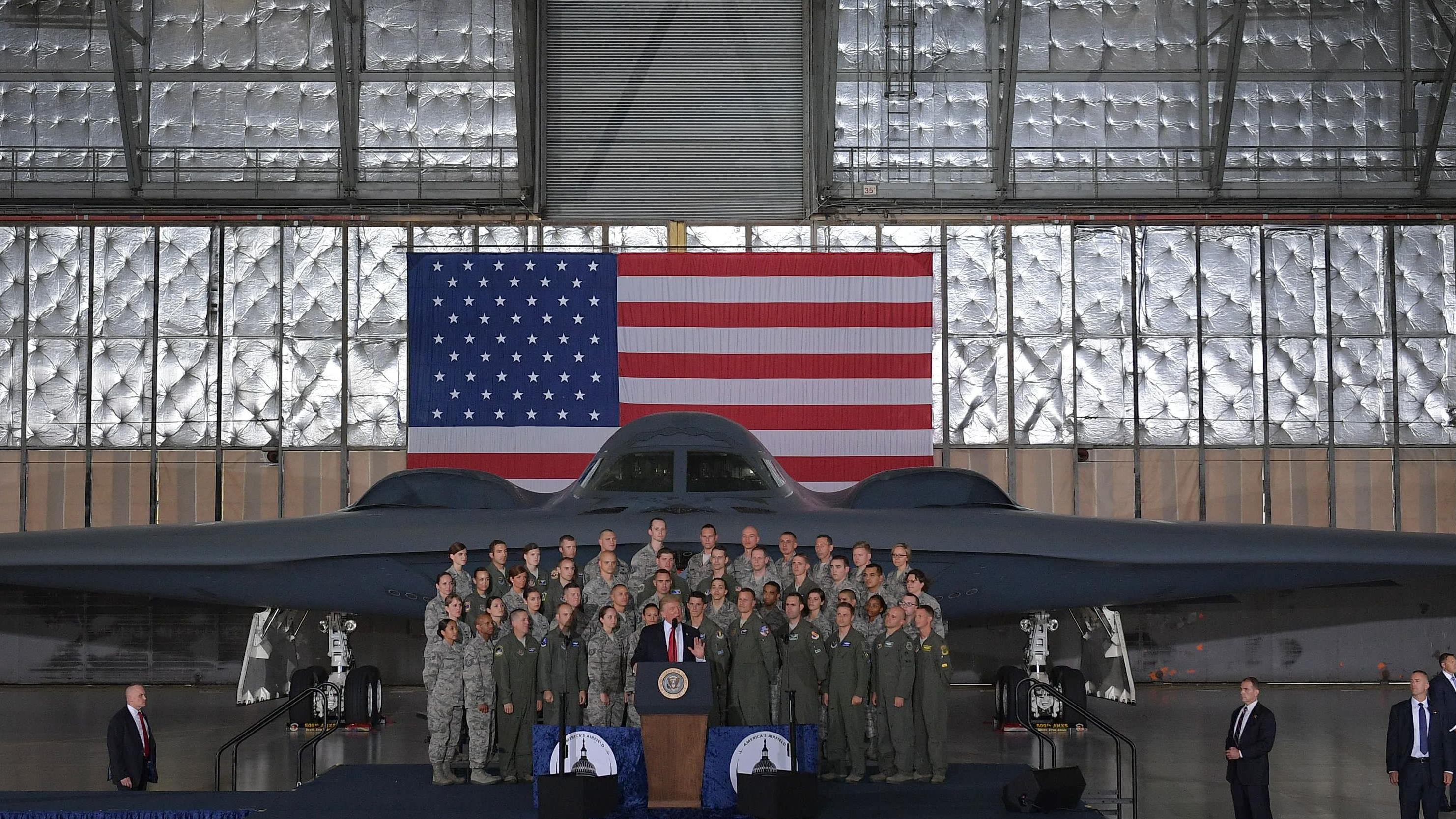 Le président américain, Donald Trump, prononce un discours à la base Andrews, au Maryland.