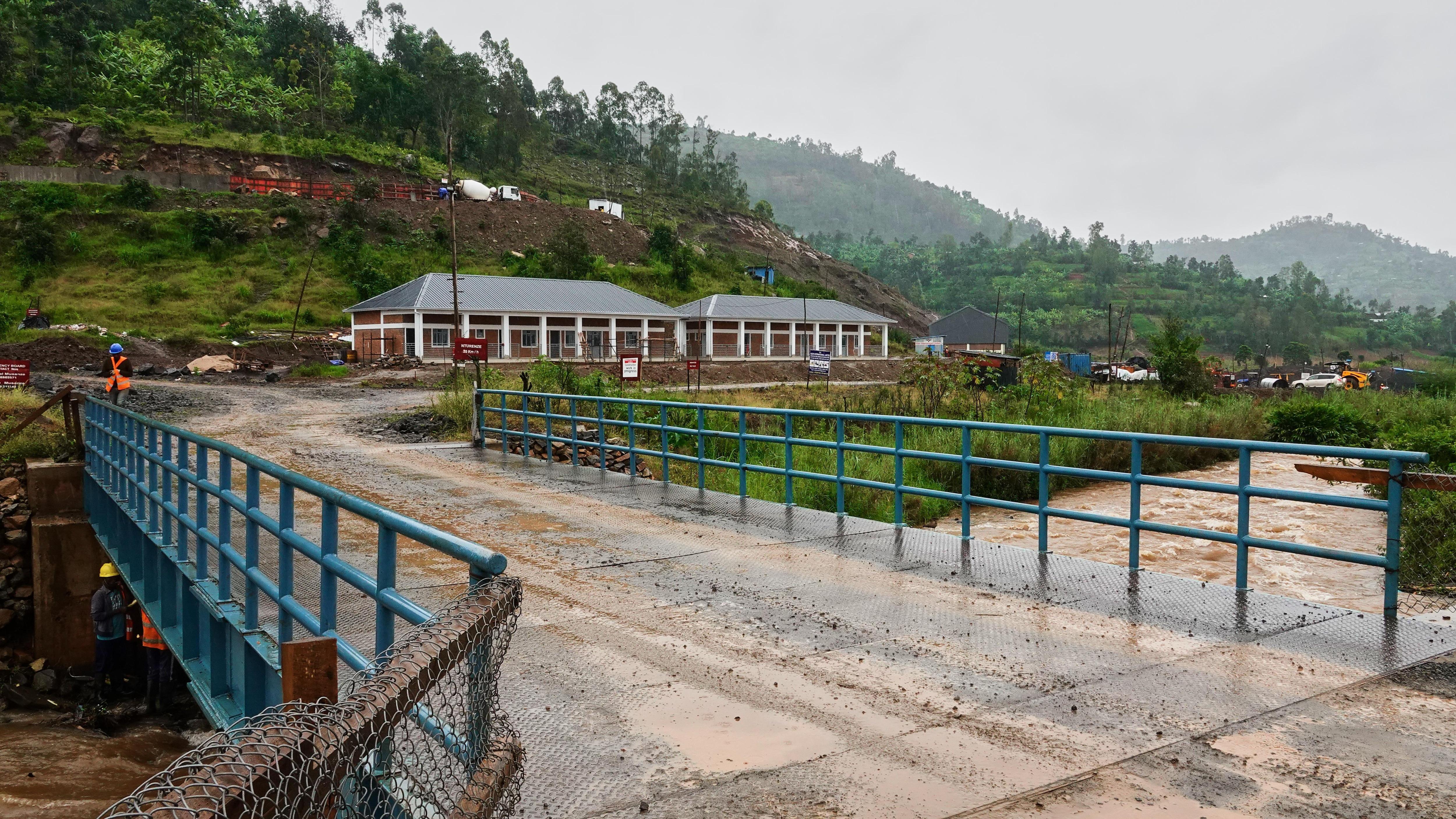 Un barrage en construction sur la rivière Mukungwa