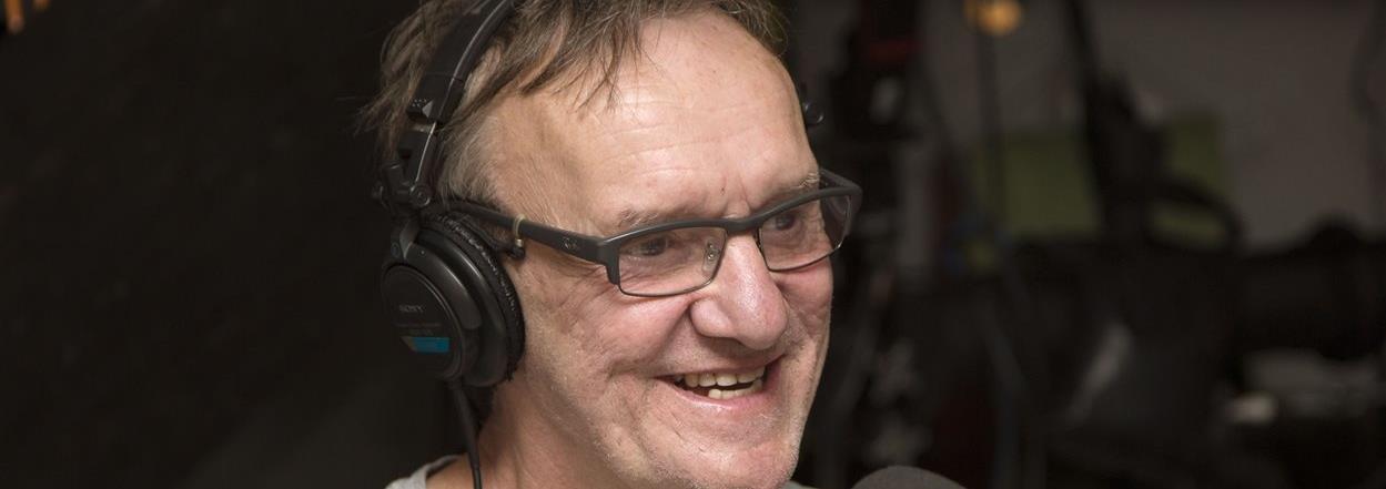 L Humoriste Dominique L 233 Vesque Emport 233 Par Une Crise Cardiaque Ici Radio Canada Ca