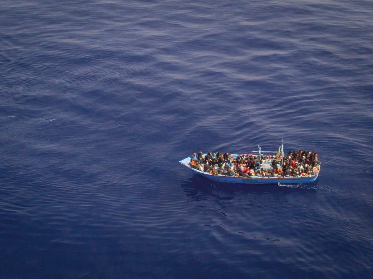 Une fois la dangereuse traversée de la Méditerranée accomplie, le calvaire des migrants est loin d'être terminé.