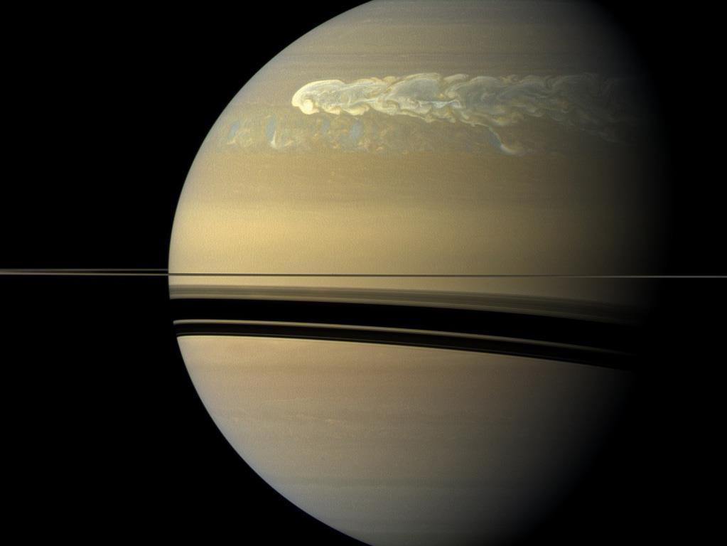 Une énorme tempête dans l'hémisphère Nord de Saturne