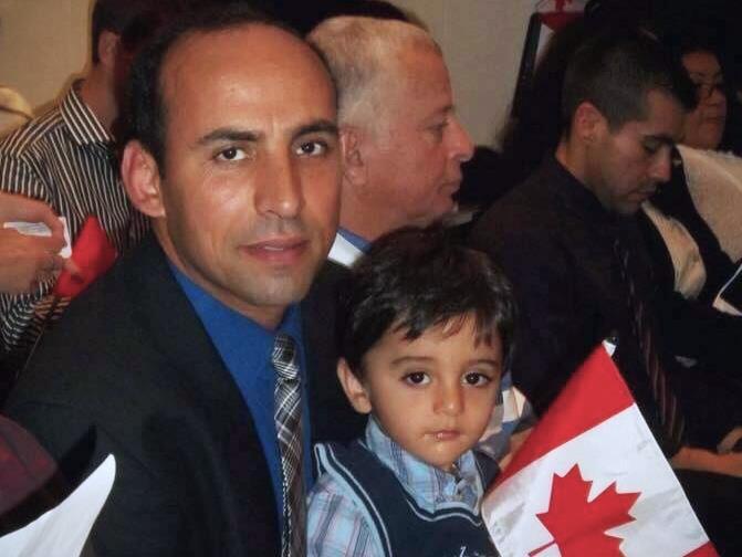 Saïd et son fils Zaky alors âgé de 4 ans.