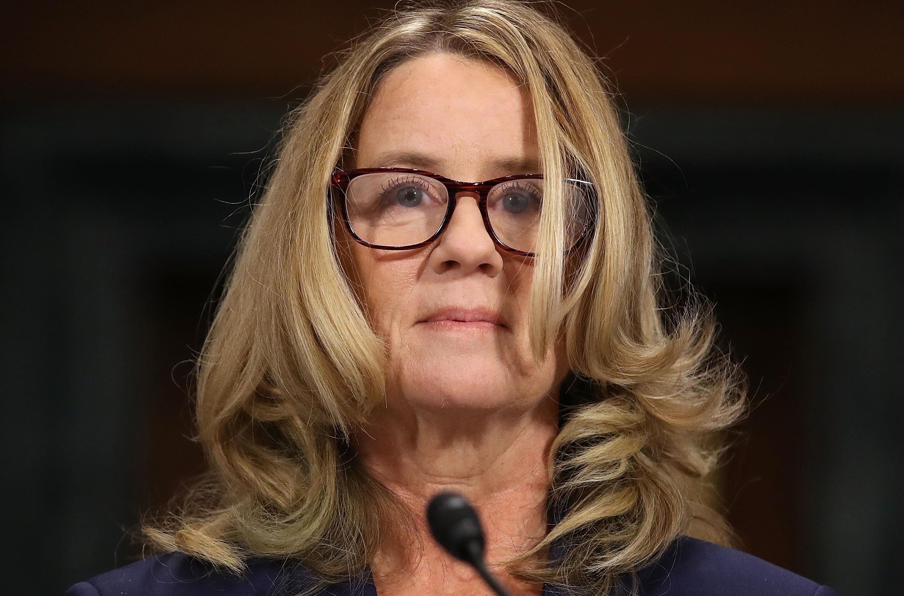 Christine Blasey Ford se prépare à témoigner devant le Comité judiciaire du Sénat, au Capitole, le 27 septembre 2018.