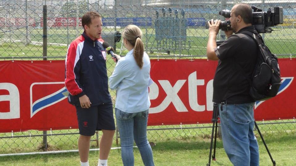 Marc Dos Santos en entrevue au Brésil en 2011.